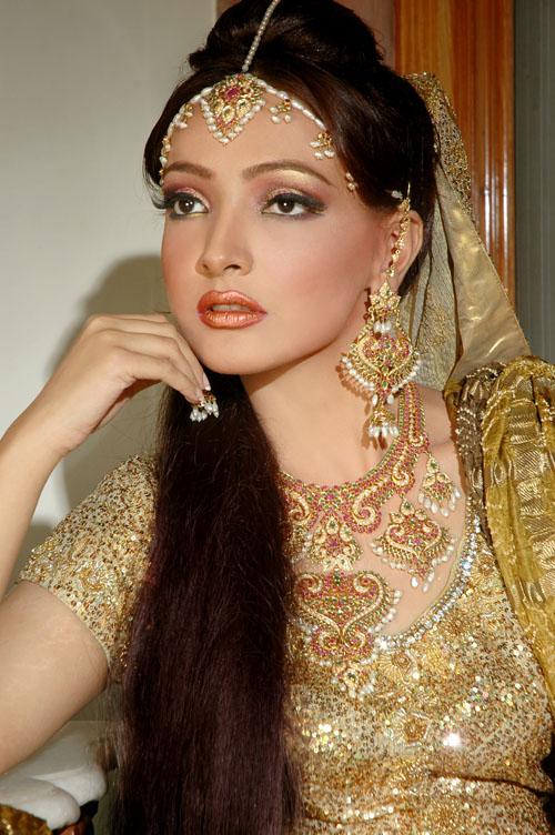 Indian Stani Bridal Makeup Pics Saubhaya Makeup - Bride-makeup-games