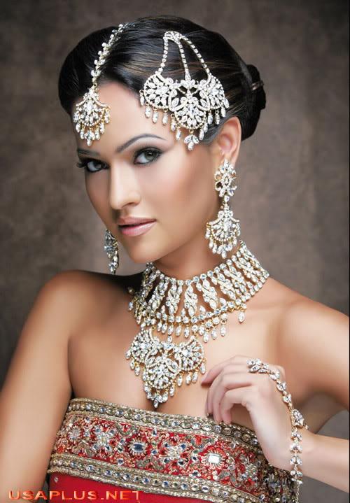 Bridal make up is an important part of bridal dressingPakistani Bridal with